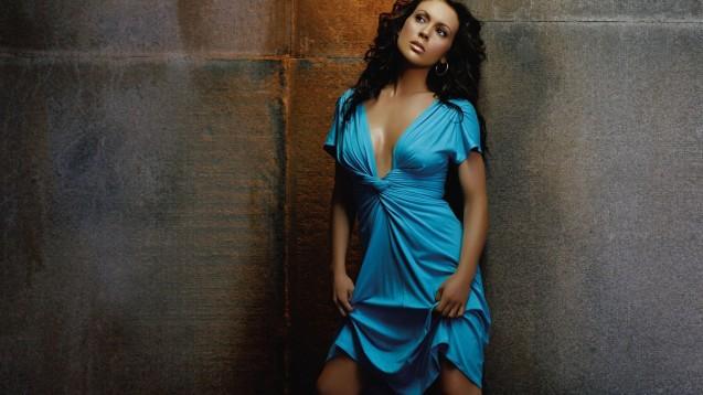 Alyssa Milano Celebrity HD Wallpaper