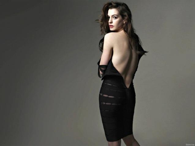 Hot Sexy Anne Hathaway HD Wallpaper
