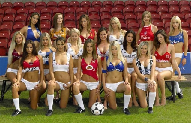 Hot Sexy Soccer Babes HD Wallpaper