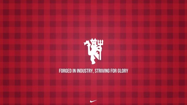 Manchester United Striving for Glory Wallpaper