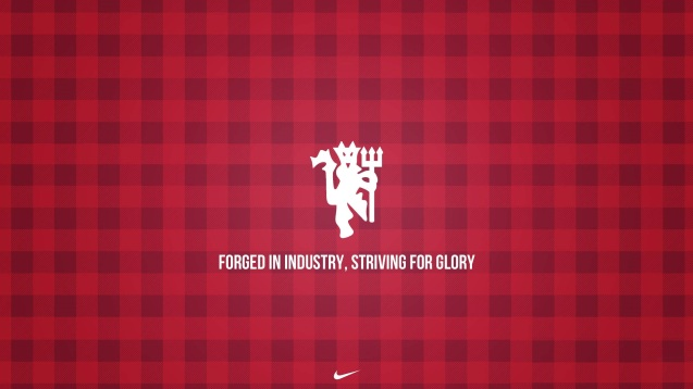 Manchester United Striving for Glory Wallpaper