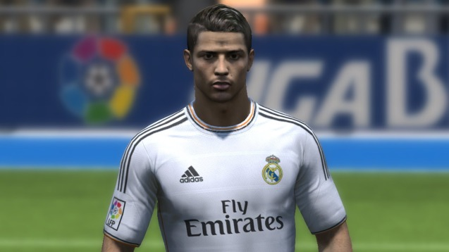 Cristiano Ronaldo FIFA 14 Game HD Wallpaper