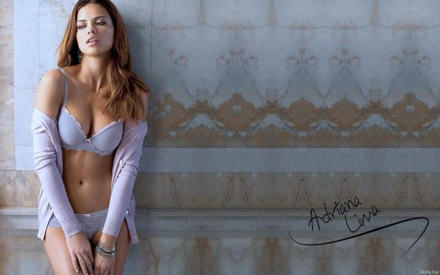 Sexy Bikini Adriana Lima HD Wallpaper